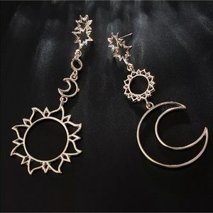 🆕 Sun, Moon, & Stars Rose Gold Earrings